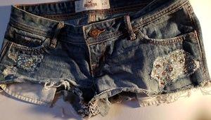 Hollister cut-off denim shorts